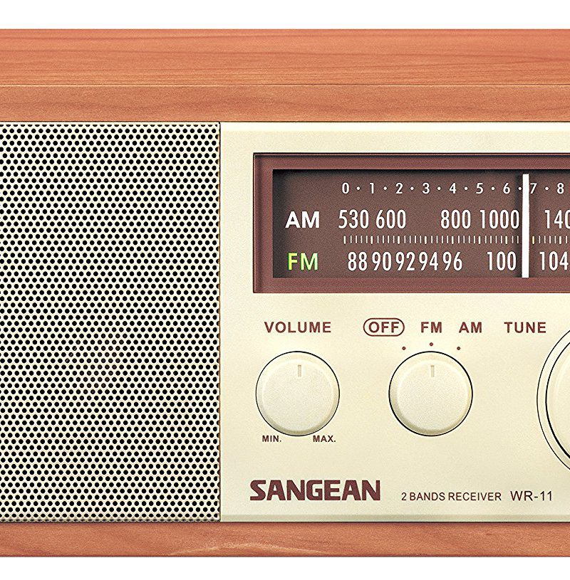Sangean WR-11 Review, Wood Cabinet AM/FM Table Top Analog Radio